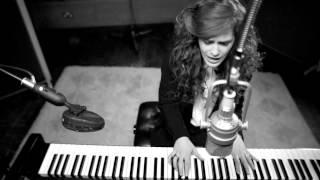 Rae Morris - Don't Go [Live Version]