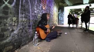 Roots rock reggae - Street Performer
