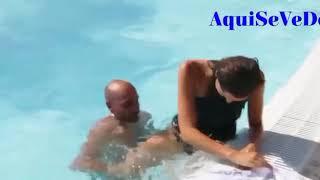 (MOMENTO DIFICIL) Se cayo a la piscina concursante a miss españa