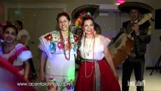 5 de Mayo Event - Mexico Vivo y Mariachi Los Dorados El Mariachi loco + people dancing