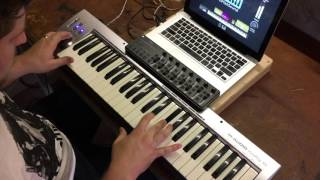 Real Love- Hillsong Young & Free MainStage patch keyboard demo