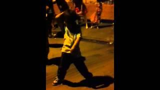 Garotinho de 5 anos dançando funk!!