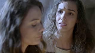 Lia sofre com o desprezo da irmã na nova série da Record TV