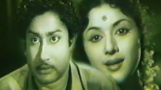 Naan Vanangum Dheivam (1963)blockbuster Old Tamil Movie Starring:Sivaji Ganesan,Padmini width=