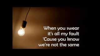 Ignorance - Paramore (lyric video)