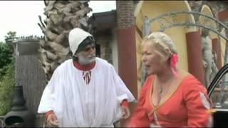 """Angelo Iannelli e Lucia Oreto in una scena di """"Moda e Amore"""""""