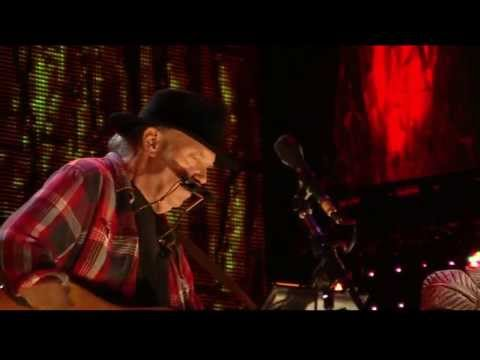 neil-young-heart-of-gold-live-at-farm-aid-2013-farmaid