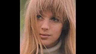 Marianne Faithfull sings Down By The Sally Garden