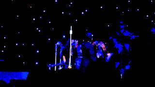 ΔΕΝ ΣΕ ΧΡΕΙΑΖΟΜΑΙ (LIVE ΣΤΗΝ ΚΥΠΡΟ-2006)