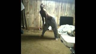 Dancing to Ciara I run it