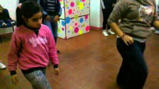 coreografia de Tranquila - j Balvin