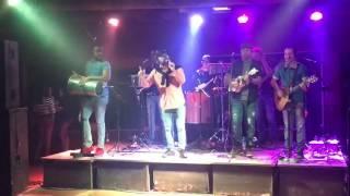 Thiago Paiva cantando as mais belas canções...(2)
