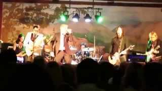 The Offspring - Shout (Isley Brothers Cover) (Live New Years Eve 2014 Maui)