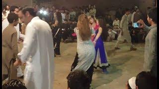 beautiful girls dance || peshawar mujra ||new pashto mujra 2017 || beautiful girls width=
