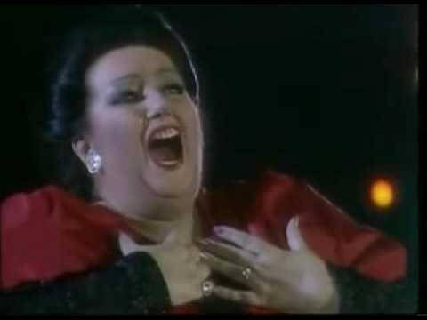 How Can I Go On de Freddie Mercury Letra y Video