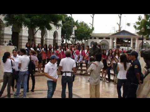Plaza de la Administración   Reina de Guayaquil 2011   D