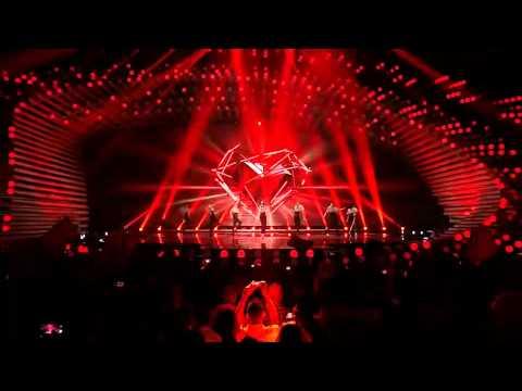 conchita-wurst-you-are-unstoppable-firestorm-live-eurovision-interval-act-conchita-wurst