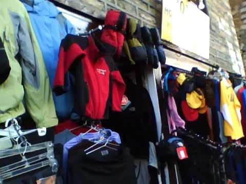 Namche Bazaar-i árusok