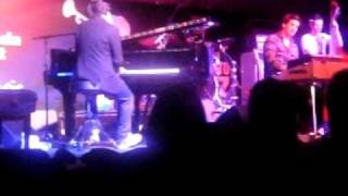 """""""Don't Stop The Music"""" by Jamie Cullum (Rihanna Cover)"""