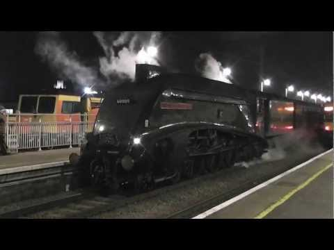 A4 60009 'Union of South Africa' arrives at Ely from York. 13th Dec. 2012