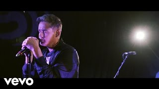 Tom Chaplin - Still Waiting (Live at Absolute Radio)