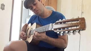 Esse é o Aluno Geovane, começou a estudar Viola esses dias e já está tocando assim!