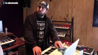 "Derek Sherinian uses his ""CE-1"" TonePrint for the Dreamscape"