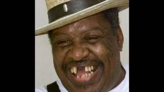 Magic Slim And The Teardrops  ~ What Makes A Woman Treat A Good Man So Bad