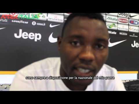 Exclusif:Jean Claude MBEDE FOUDA interviewe Kojo Asamoah de la JUVENTUS avant la Can 2013!Part I