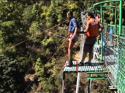 Прыжок с моста на резинке. 160 m. Непал. Bungy Nepal ,  Bhote Kosi,
