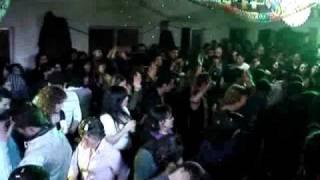 Banda Renovação 3 Lucenzo -Vem dançar kuduro na Reigadinha 2011