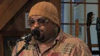 Daryl Hall f/ Cee Lo - Crazy (Live from Daryl's house)