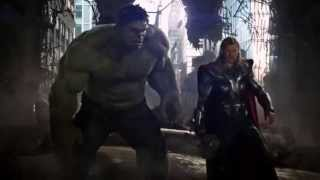 The Avengers - Hulk da um soco no Thor