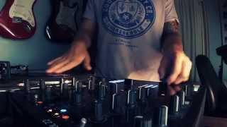 maceDj - Turntable Crab (Mixer Scratch Technique) - Freestyle practice