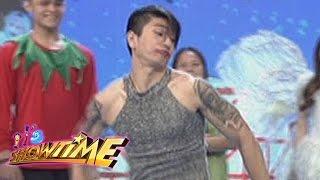 "It's Showtime: Hashtag Nikko's ""Ang Kulit"" performance"
