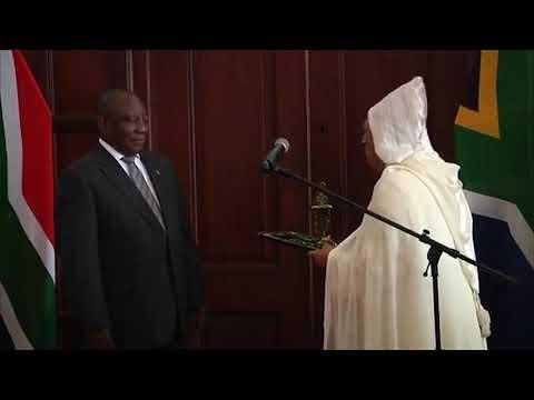 Video : M. Youssef Amrani présente ses lettres de créance au Président sud-africain
