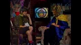 Gene Loves Jezebel's Michael Aston interviewed by Martha Quinn (1986)