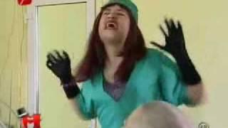 Naomi la Dentist