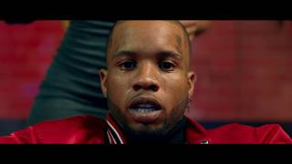 Tory Lanez - Broke Leg (feat. Quavo & Tyga)