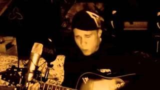 Linus Svenning - Hero Of War (Rise Against Acoustic cover) LIVE