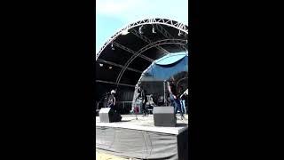 Nathi noba ngumama Remix Nomvula Medly by Hloni and Colourful Souls live Performance