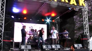 Cocoman,Messenjah a Solid Vibes live 08/2012- Není mi jedno