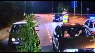 Kolpaçino - Yoo Amuhaa Polis Çevirmesi