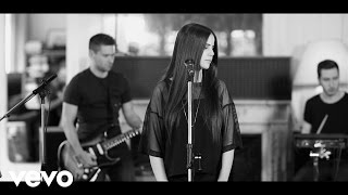 Marina Kaye - Freeze You Out (session acoustique)