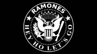 Ramones - Blitzkrieg Bop (Hey Ho, Let's Go)  --HD Audio--