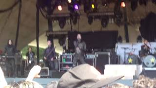 Motionless In White- Break the Cycle Live (Welcome to Rockville 2015)