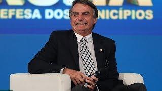 """Bolsonaro vai bem em entrevista ao JN e mercado tem """"dia de alívio"""""""