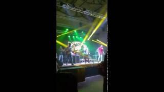 Alexx Ronchi & Banda Champion - Você me tira do Ar