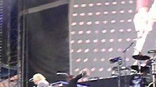 Bon Jovi - Raise your hands Live in Helsinki 16.6.2008