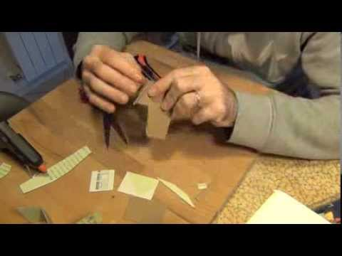 Come realizzare una casetta di cartoncino per il presepe for Come fare per costruire una casa